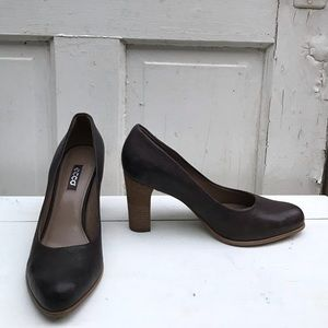 Ecco brown leather pumps Size 41